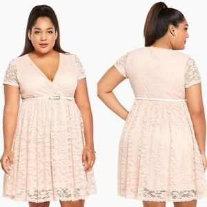 Torrid plus 2 2x blush lace surplice dress